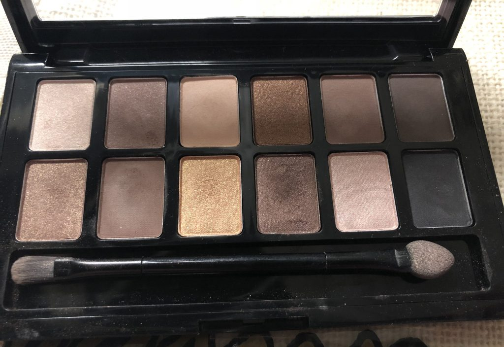 maybelline eyeshadow palette review