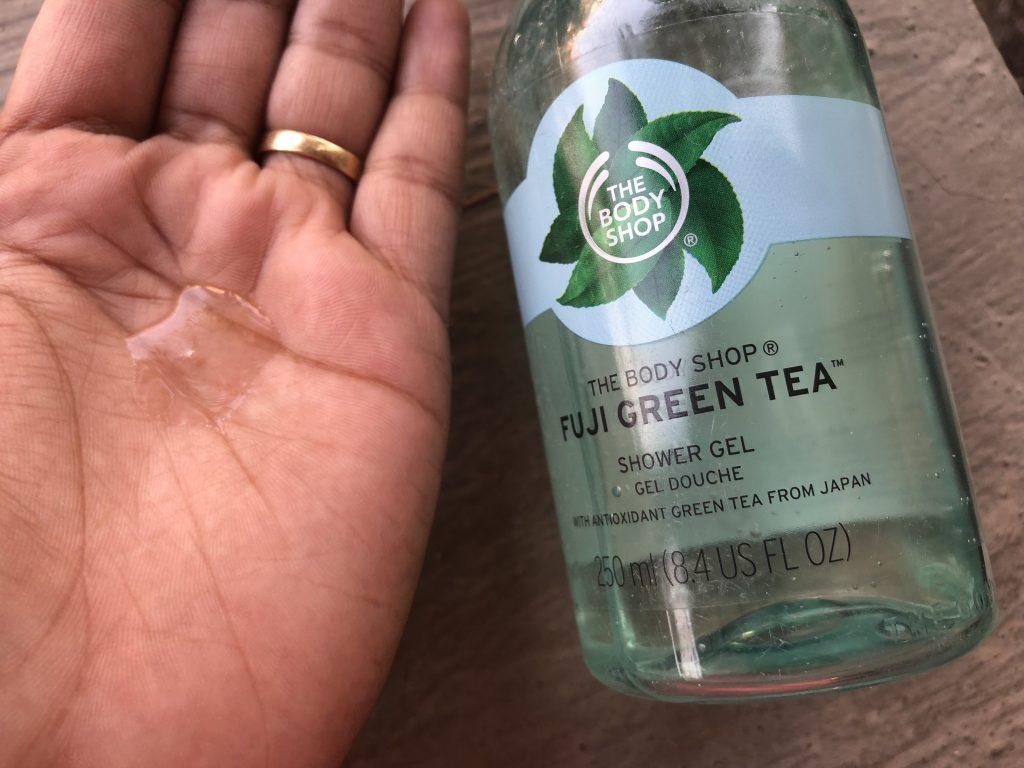 The Body Shop Fuji Green Tea Shower Gel Swatch