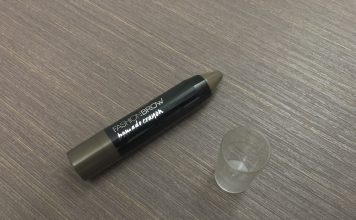 Maybelline New York Fashion Brow Pomade Crayon in BR-2 Mocha