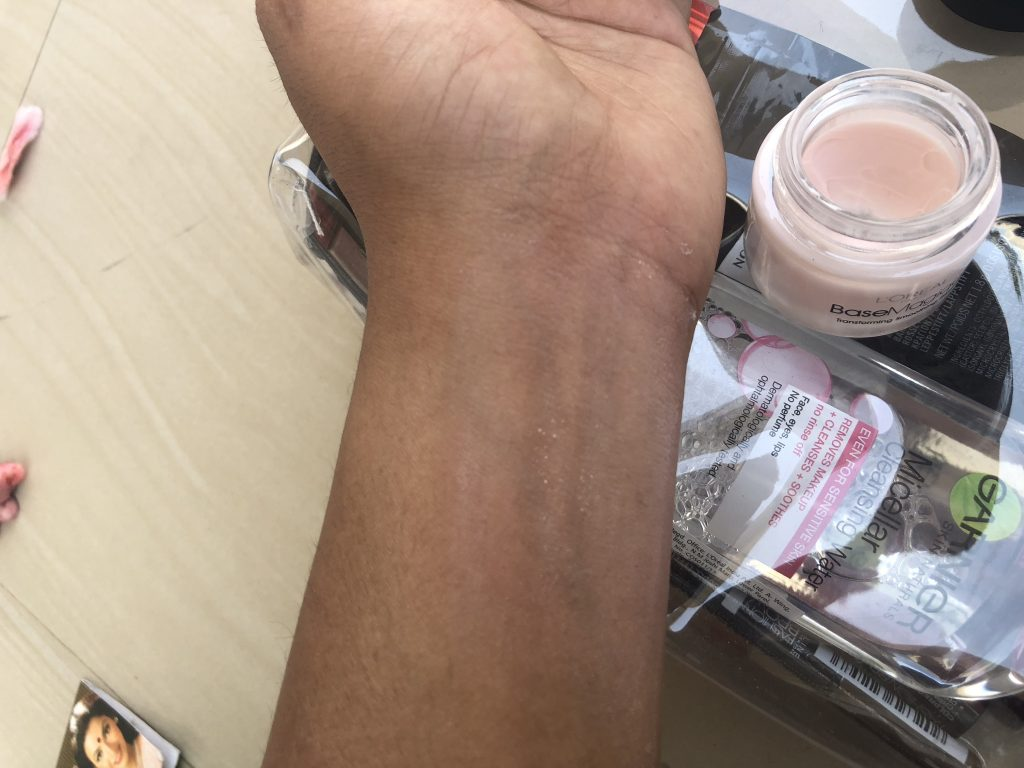 L'oreal Paris Base Magique Transforming Smoothing Primer Swatch Test